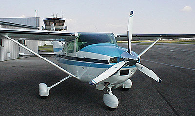 Cessna 182 with 3-blade MTV-9/new scimitar blades