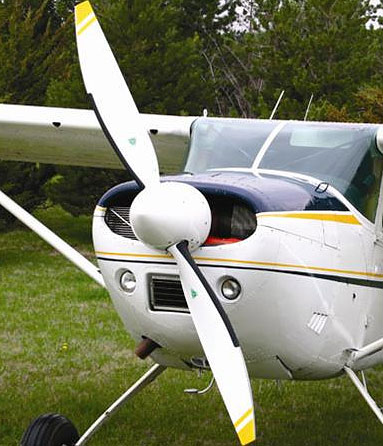 Cessna 206 with 2-blade MTV-15