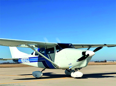 Cessna 210 with 2-blade MTV-15