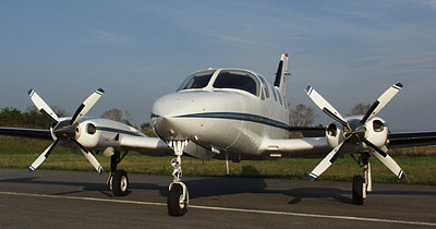 Cessna 414 with 4-blade MTV-14