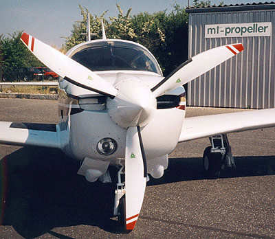Mooney M20K with 3-blade MTV-12 / new scimitar blades
