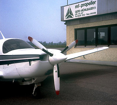 Mooney M20K with 3-blade MTV-12