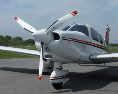 Piper PA28 with MTV-9